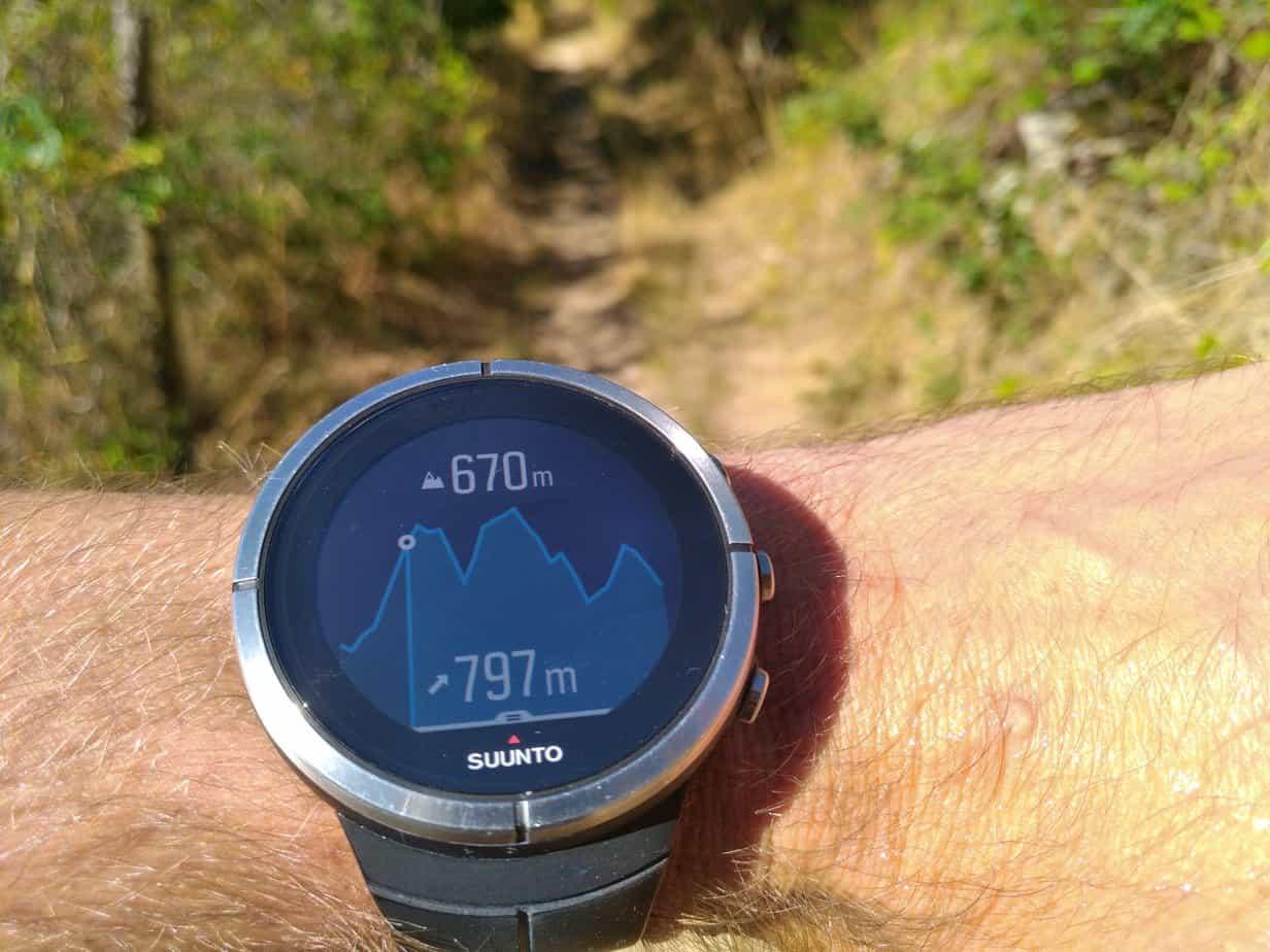Suunto Spartan Ultra - navigation: vue du profil de l'altitude