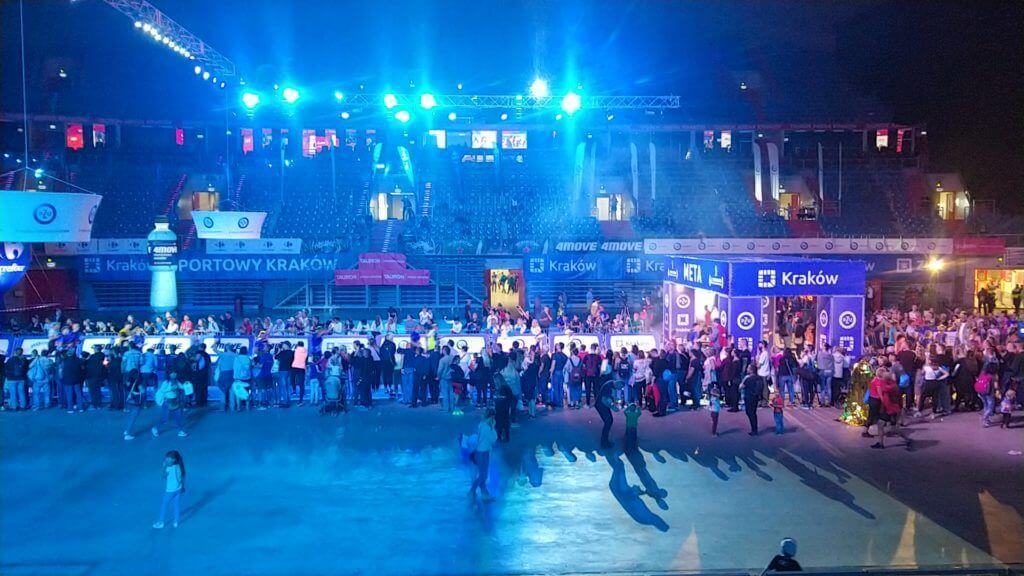Arrivée du semi-marathon de Cracovie au Tauron Arena