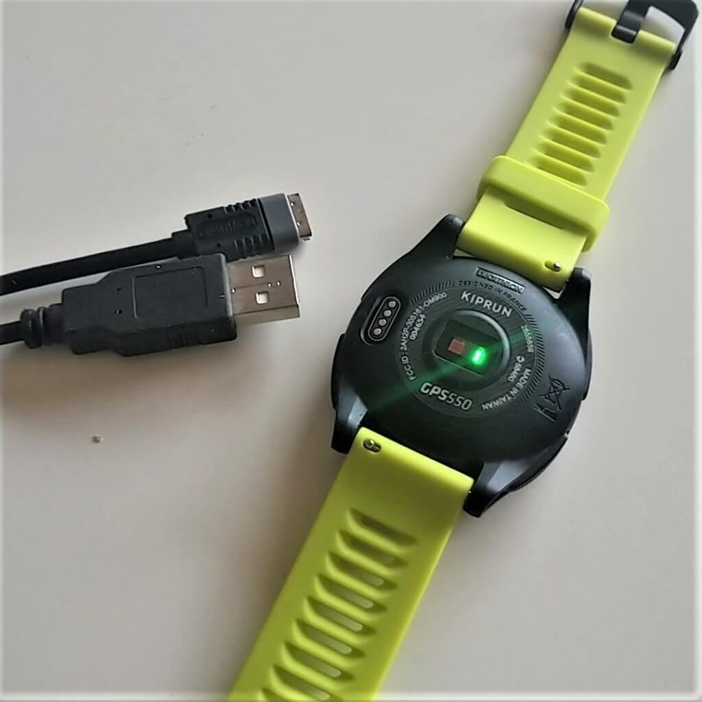 La connectique de la montre running de Décathlon